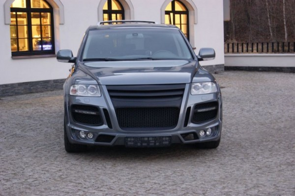 VW Touareg MK1 - Kompletní body kit MAGNUM